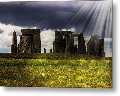 Stonehenge Metal Print by Martin Newman