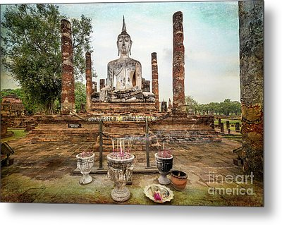 Metal Print featuring the photograph Sukhothai Buddha by Adrian Evans