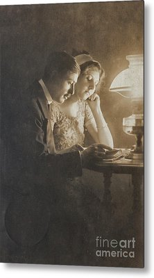 Vintage Loving Couple Reading With Oil Lamp Metal Print