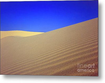 Desert Metal Print by MotHaiBaPhoto Prints