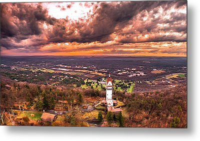 Heublein Tower, Simsbury Connecticut, Cloudy Sunset Metal Print by Petr Hejl