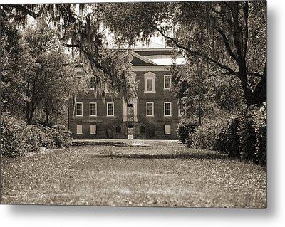 Historic Drayton Hall In Charleston South Carolina Metal Print by Dustin K Ryan