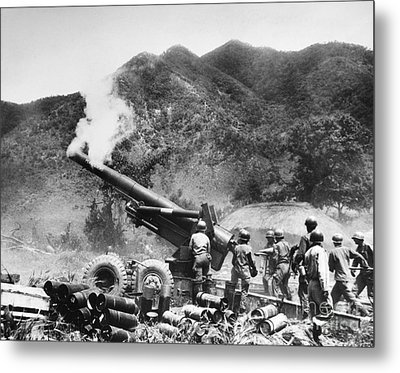 Korean War: Artillery Metal Print by Granger