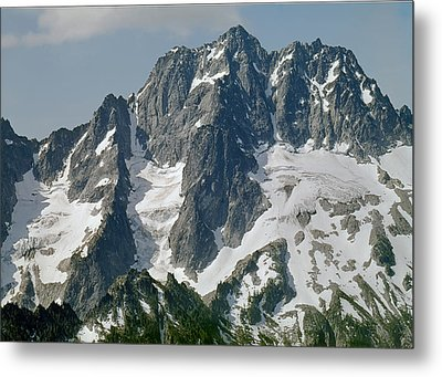 304630 North Face Mt. Stuart Metal Print