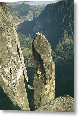306540 Climbers On Lost Arrow 1967 Metal Print