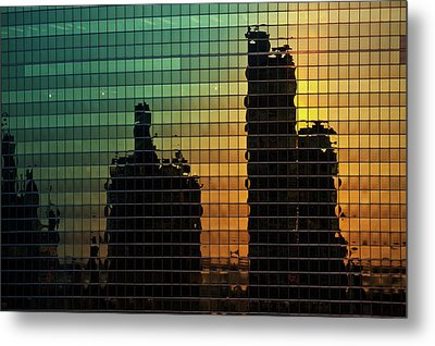 333 Wacker Reflecting Chicago Metal Print by Steve Gadomski