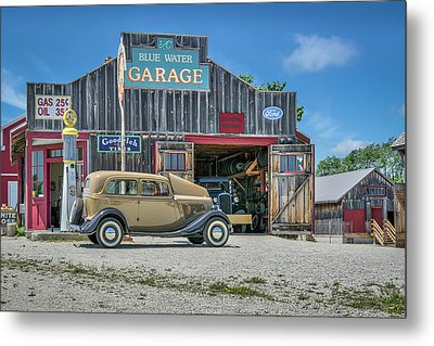 '34 Ford Sedan At Blue Water Garage Metal Print by Irwin Seidman