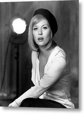 Bonnie And Clyde, Faye Dunaway, 1967 Metal Print