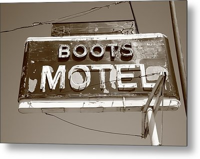 Route 66 - Boots Motel Metal Print by Frank Romeo