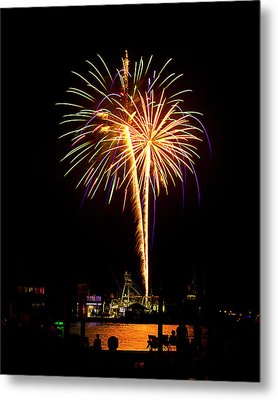 Metal Print featuring the photograph 4th Of July Fireworks by Bill Barber