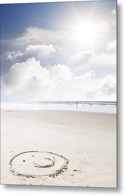 Happiness Metal Print by Les Cunliffe