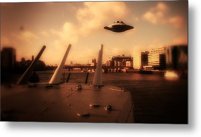 Ufo Sighting Metal Print by Raphael Terra