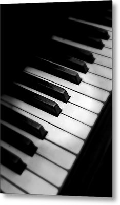 Black And White Metal Print featuring the photograph 88 Keys To The Heart by Aaron Berg