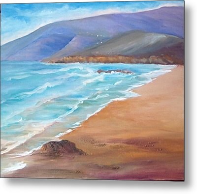 A Day At The Beach Metal Print by Isabel Alfarrobinha