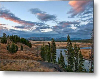 A Fall Evening In Hayden Valley Metal Print by Steve Stuller