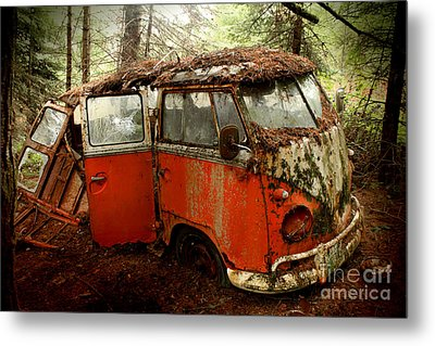 A Forgotten 23 Window Vw Bus  Metal Print by Michael David Sorensen