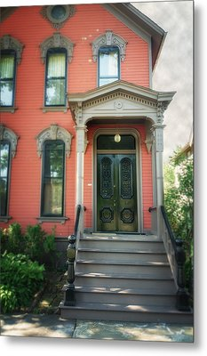A House In Tremont Metal Print
