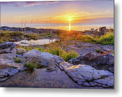 Metal Print featuring the photograph A New Day's Born by Dmytro Korol