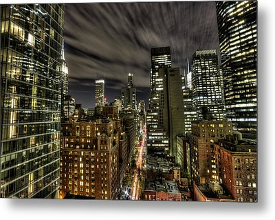 Metal Print featuring the photograph A New York City Night by Shawn Everhart