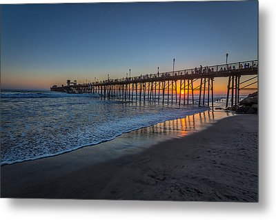 A Piers To Be Last Light Metal Print