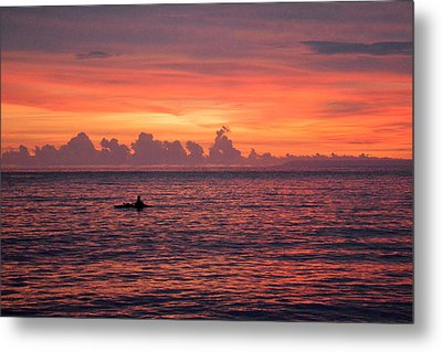 A Pink Sunset Metal Print by Shawna Gibson