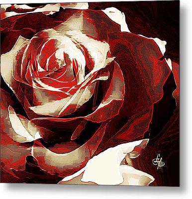 A Rose Of Love Metal Print by Lynda Payton