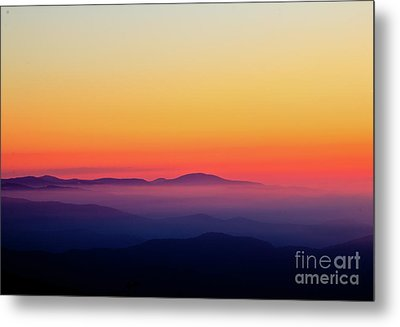 Metal Print featuring the photograph A Simple Sunrise by Douglas Stucky