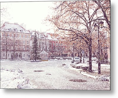 Metal Print featuring the photograph A Street In Warsaw, Poland On A Snowy Day by Juli Scalzi