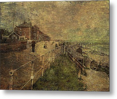 A Stroll Along The Seafront Metal Print by Sarah Vernon