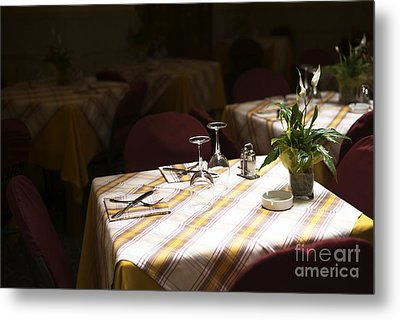 A Table Is Waiting In Sorrento Metal Print by John Rizzuto