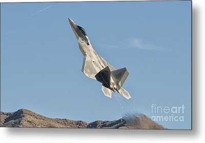 A U.s. Air Force F-22 Raptor Takes Metal Print by Giovanni Colla