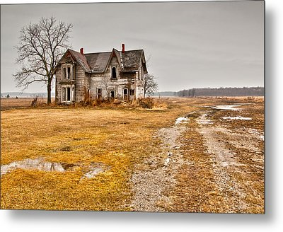 Abandoned Farm House Metal Print by Cale Best