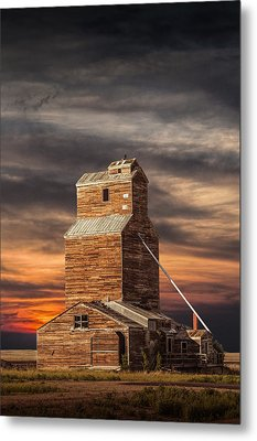 Abandoned Grain Elevator On The Prairie Metal Print by Randall Nyhof