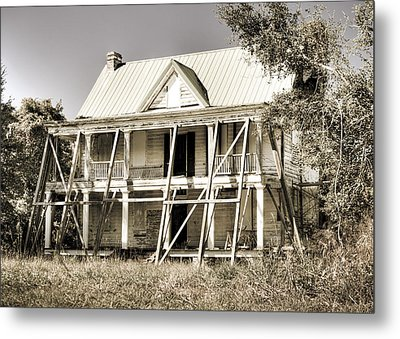 Abandoned Plantation House #2 Metal Print by Andrew Crispi