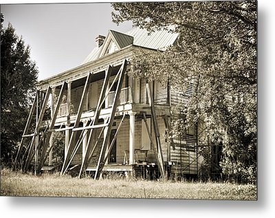 Abandoned Plantation House #3 Metal Print by Andrew Crispi
