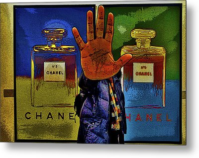 About Love. Chanel No. 5 Metal Print by Andy Za