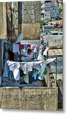 Metal Print featuring the photograph Air Dry by Kim Wilson
