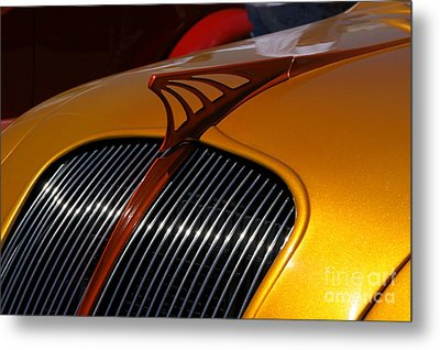 Airflow Metal Print by David Pettit