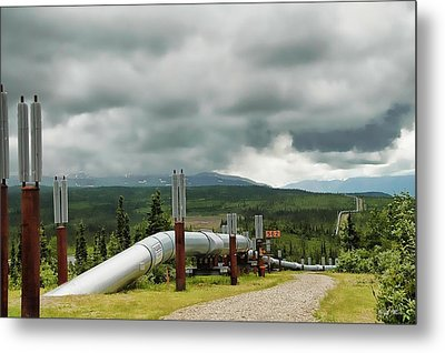 Alaska Pipeline Metal Print by Dyle   Warren