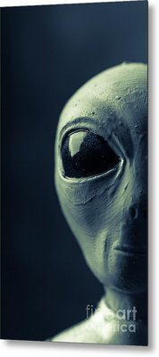 Alien Half Profile Phone Case Metal Print by Edward Fielding