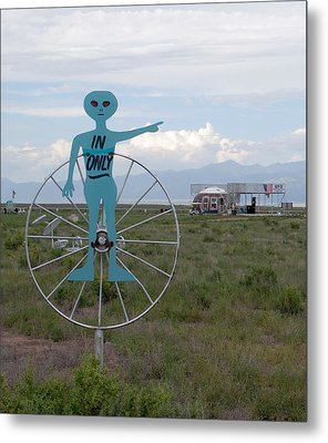 Alien In Only 1 Metal Print by Joseph R Luciano