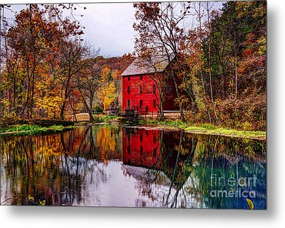 Alley Mill And Alley Spring In Autumn Metal Print by Jean Hutchison