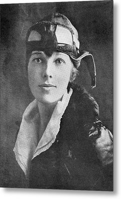 Amelia Earhart, Us Aviation Pioneer Metal Print