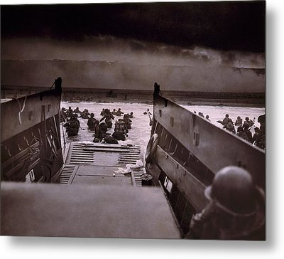 American Soldiers Wade From Coast Guard Metal Print by Everett