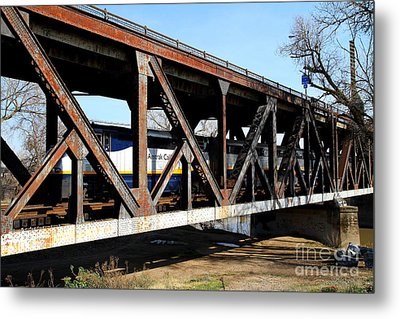 Amtrak California Crossing The Old Sacramento Southern Pacific Train Bridge . 7d11410 Metal Print by Wingsdomain Art and Photography