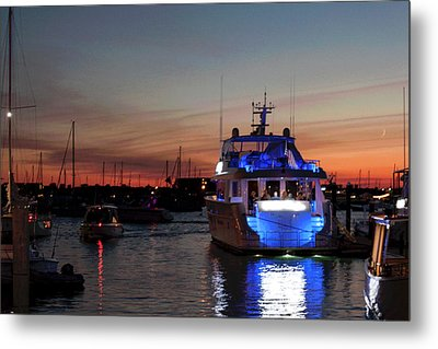 Metal Print featuring the photograph An Evening In Newport Rhode Island Iv by Suzanne Gaff