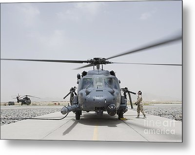 An Hh-60 Pave Hawk Lands After A Flight Metal Print by Stocktrek Images