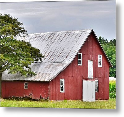 An Old Red Barn Metal Print