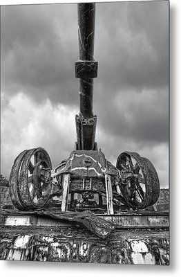Ancient Cannon In Black And White Metal Print