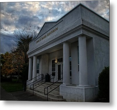 Anne G Basker Auditorium In Grants Pass Metal Print